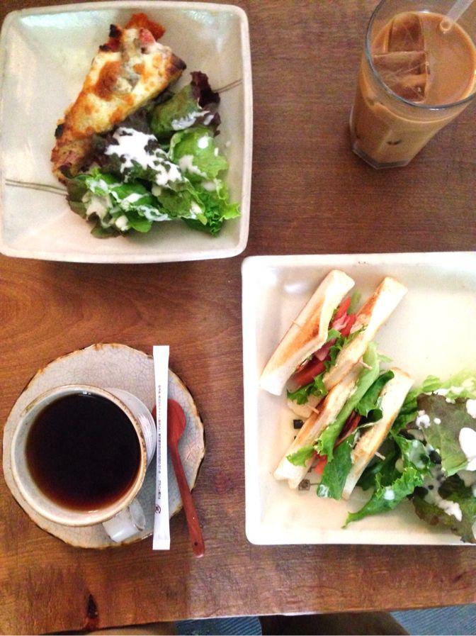 サンドイッチ+サラダ+ドリンク