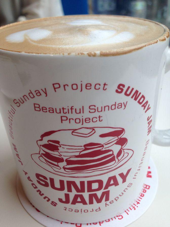 SUNDAY JAMのオリジナルのカップ