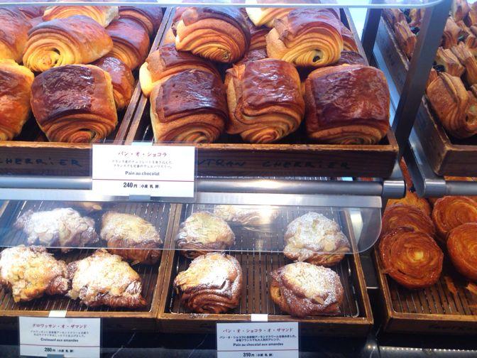 ゴントラン シェリエの焼き立てパン