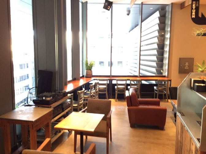 THE 3RD CAFEの店内