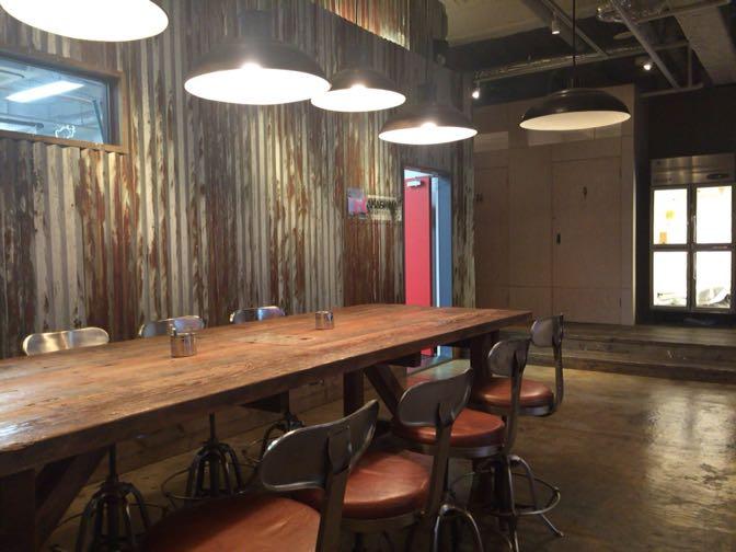 Artistree Cafeの照明