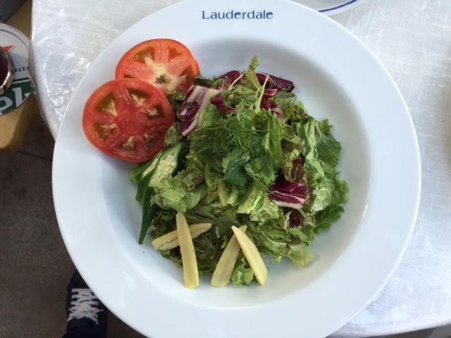 Lauderdaleのサラダ
